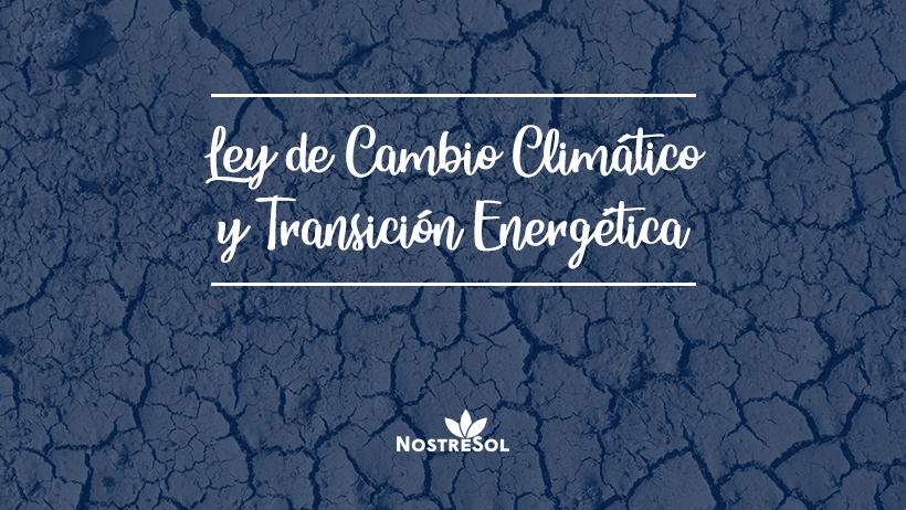 suelo agrietado por el cambio climático